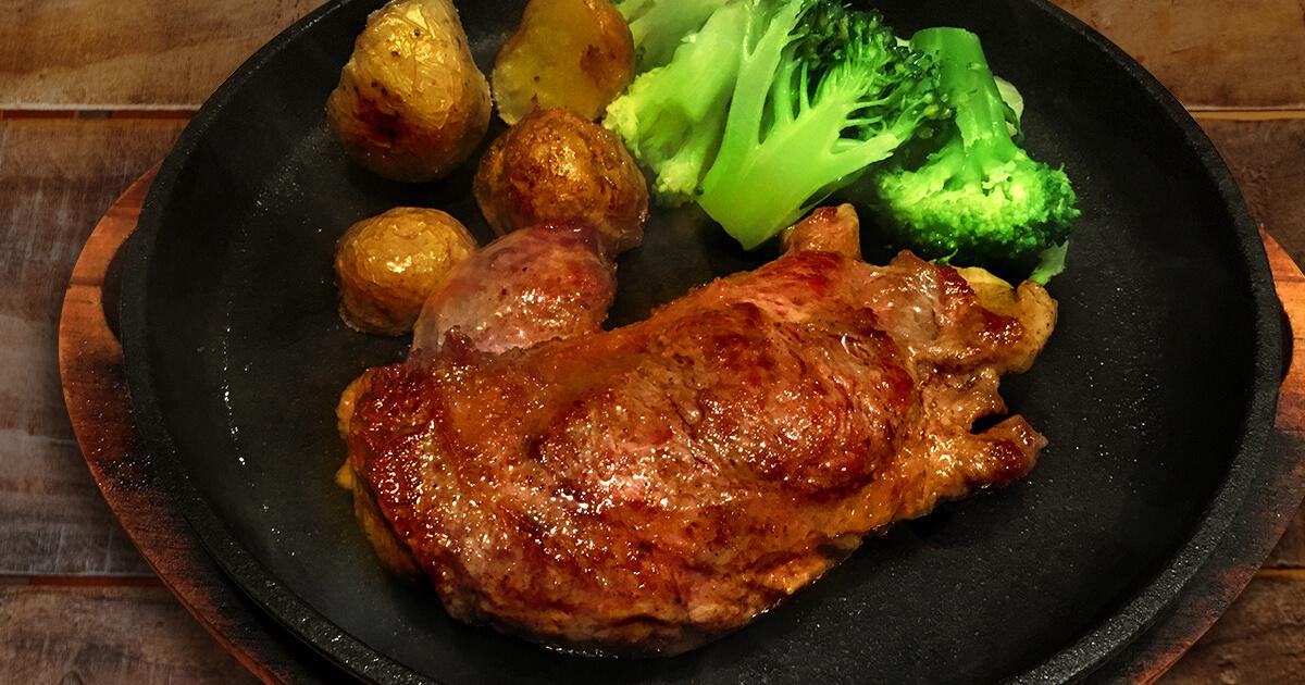 羊肉のステーキ